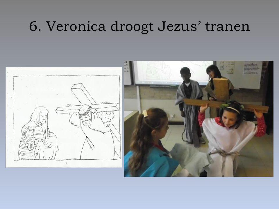 6. Veronica droogt Jezus' tranen