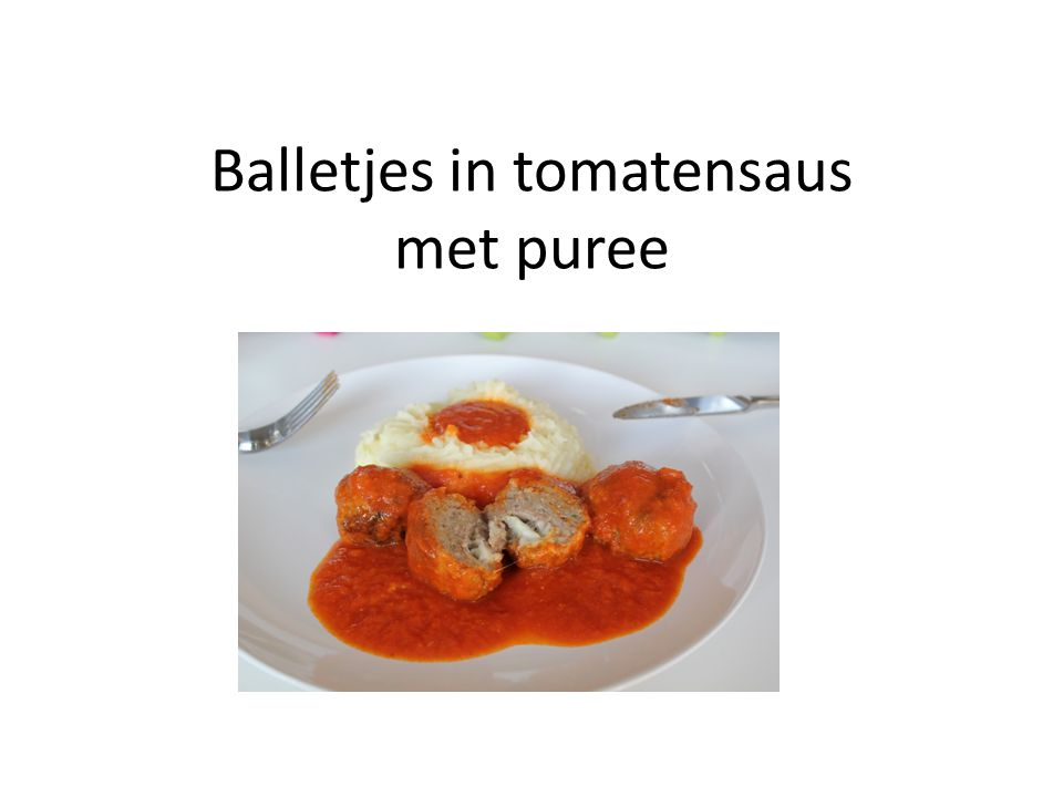 Balletjes in tomatensaus met puree