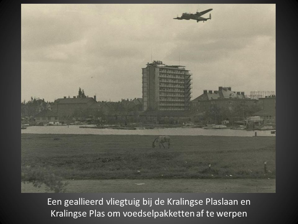 Een geallieerd vliegtuig bij de Kralingse Plaslaan en