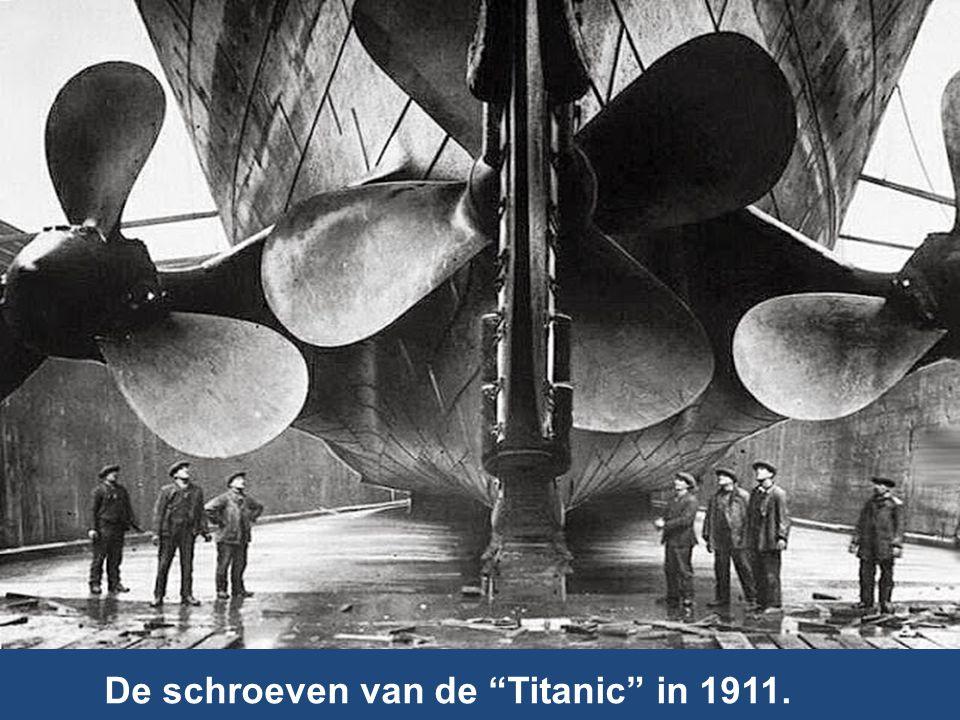 De schroeven van de Titanic in 1911.