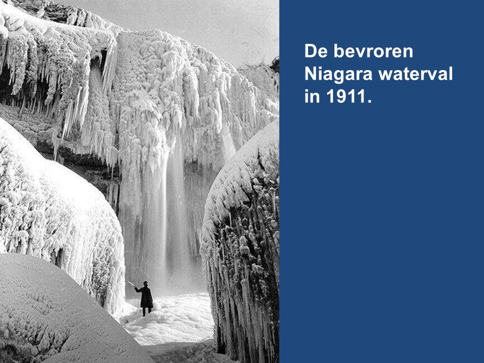De bevroren Niagara waterval in 1911.
