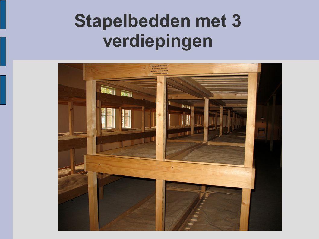 Stapelbedden met 3 verdiepingen