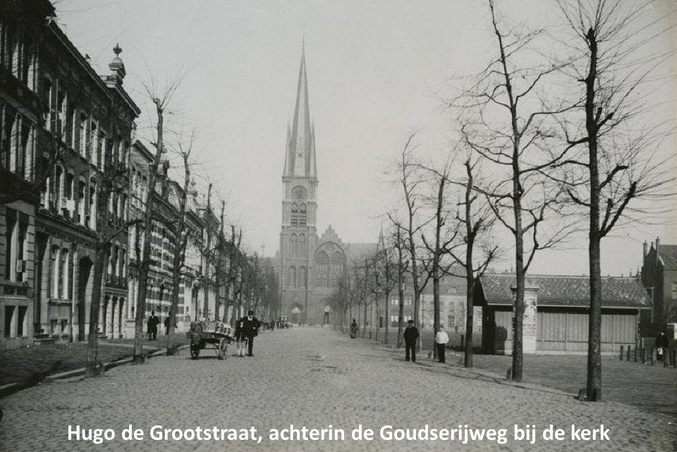 Hugo de Grootstraat, achterin de Goudserijweg bij de kerk