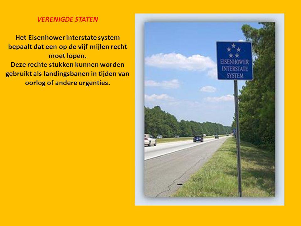 VERENIGDE STATEN Het Eisenhower interstate system bepaalt dat een op de vijf mijlen recht moet lopen.
