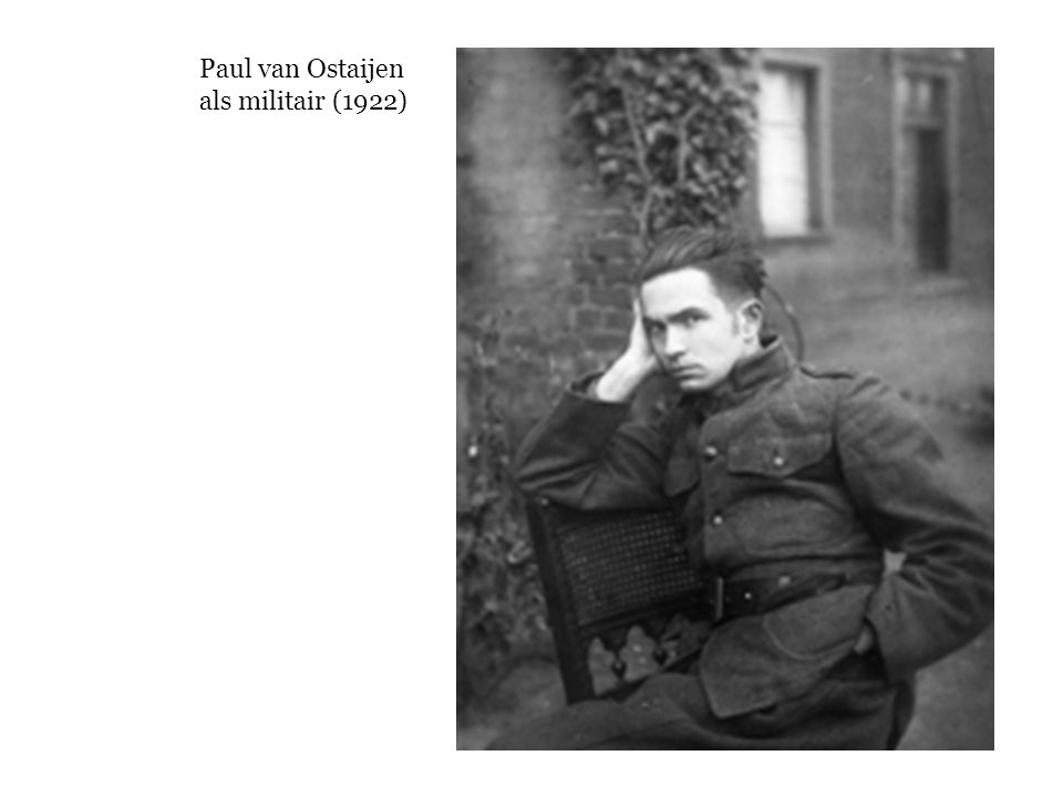 Paul van Ostaijen als militair (1922)