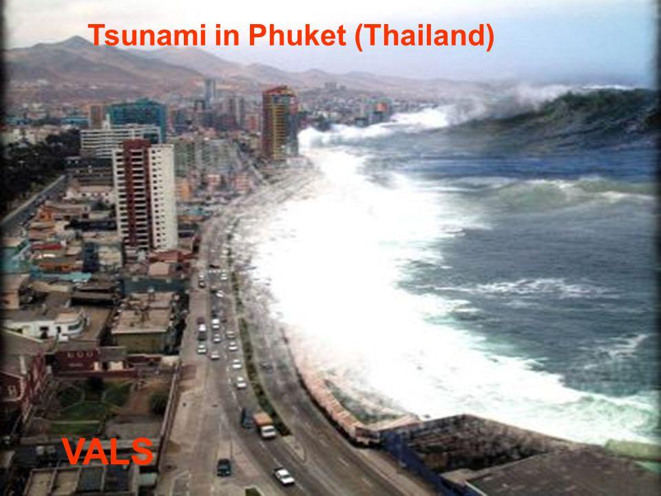 Tsunami in Phuket (Thailand)