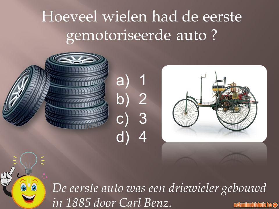 Hoeveel wielen had de eerste gemotoriseerde auto