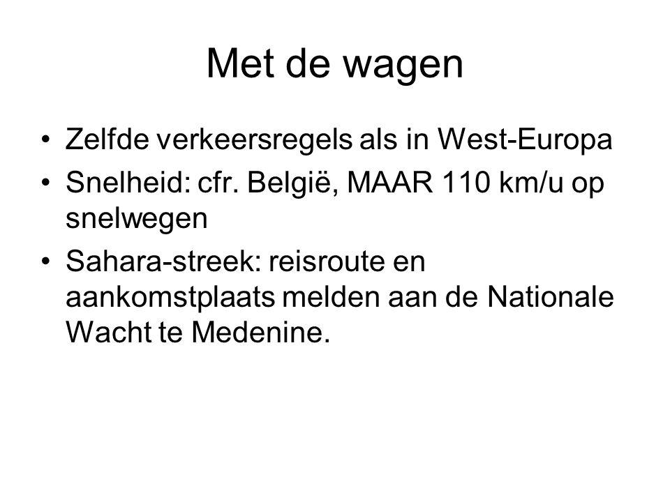 Met de wagen Zelfde verkeersregels als in West-Europa