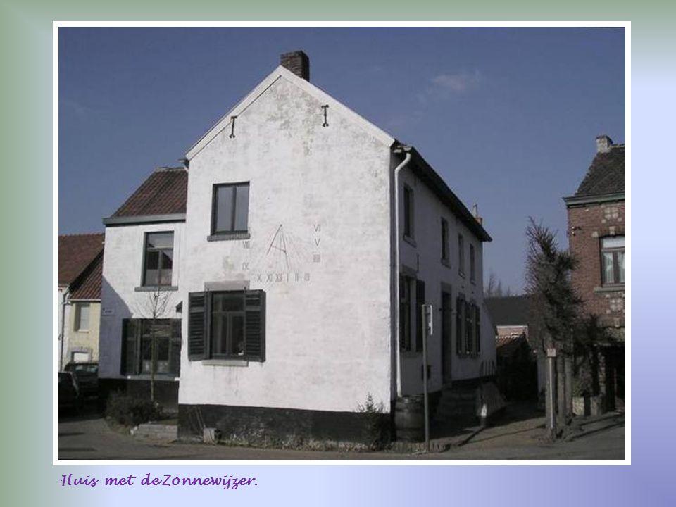 Huis met de Zonnewijzer.