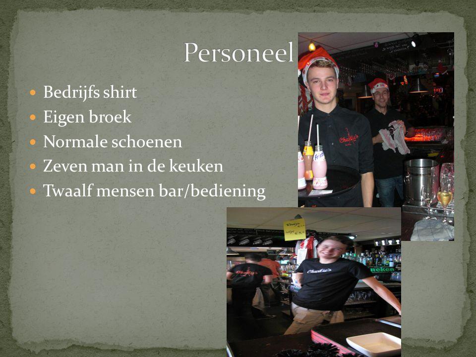 Personeel Bedrijfs shirt Eigen broek Normale schoenen