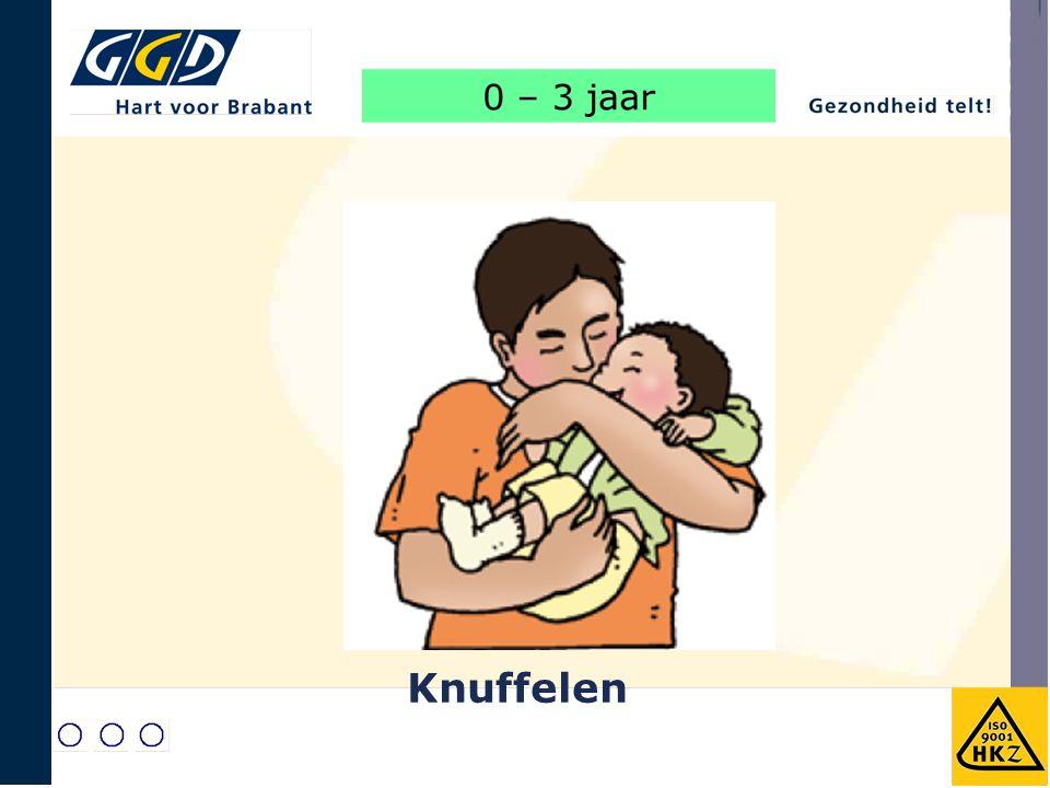Baby's houden van knuffelen