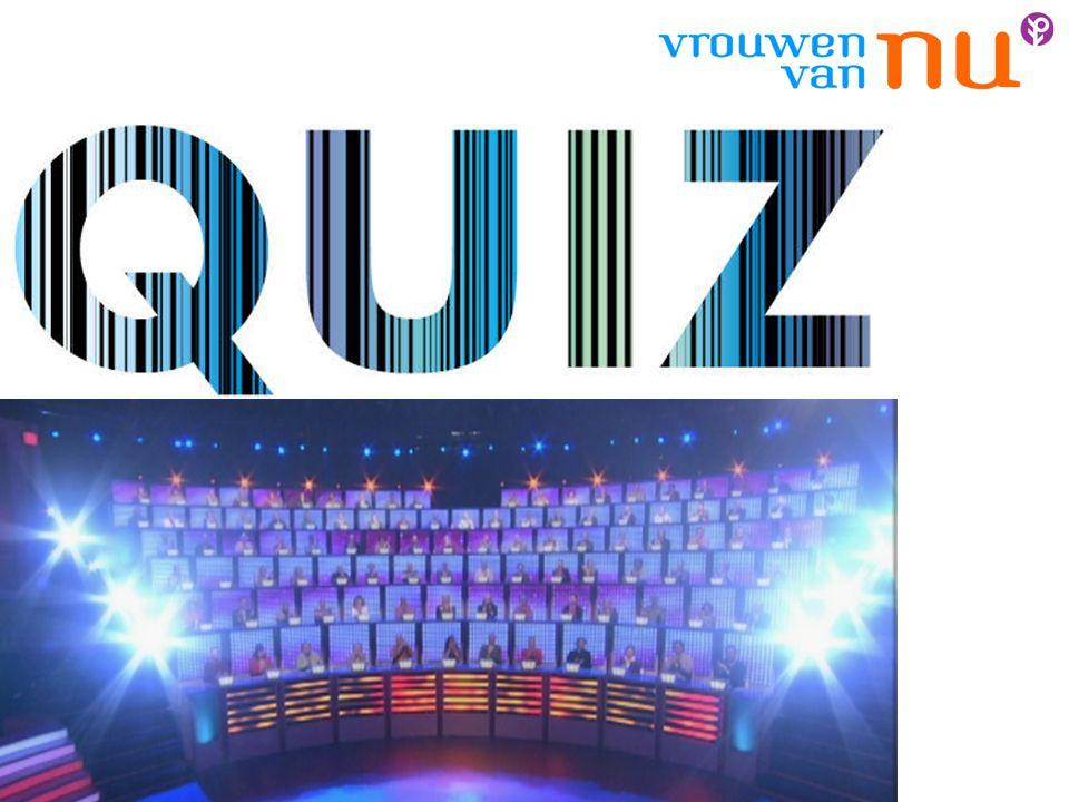 Irene leidt de quiz. Alle vragen en keuzeantwoorden worden op scherm getoond.