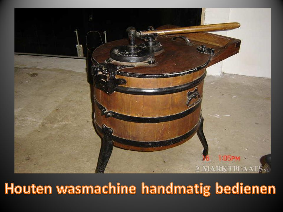 Houten wasmachine handmatig bedienen