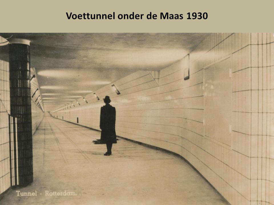 Voettunnel onder de Maas 1930