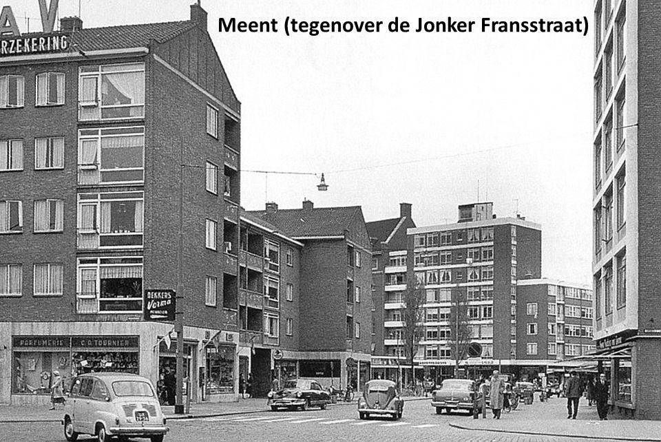 Meent (tegenover de Jonker Fransstraat)