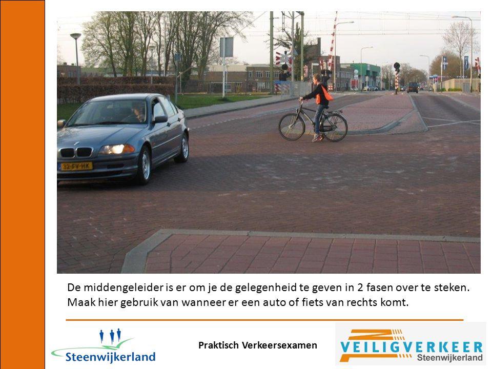 Maak hier gebruik van wanneer er een auto of fiets van rechts komt.