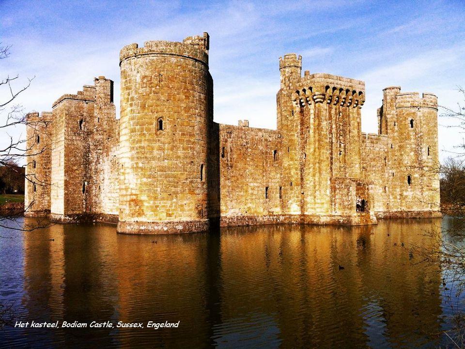 Het kasteel, Bodiam Castle, Sussex, Engeland