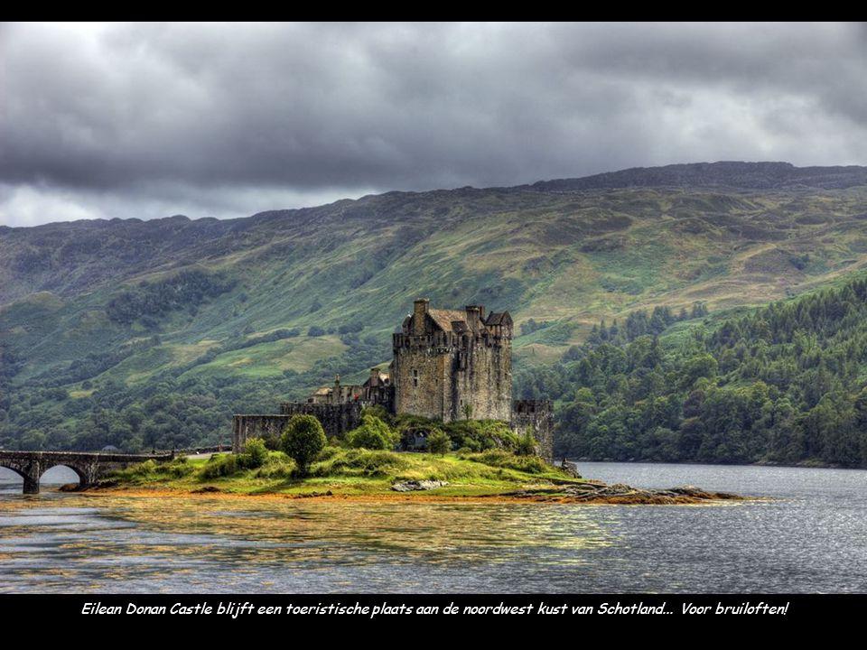 Eilean Donan Castle blijft een toeristische plaats aan de noordwest kust van Schotland...