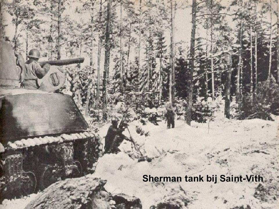 Sherman tank bij Saint-Vith
