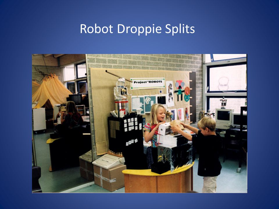 Robot Droppie Splits