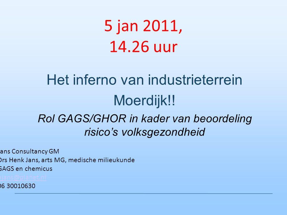 5 jan 2011, 14.26 uur Het inferno van industrieterrein Moerdijk!!
