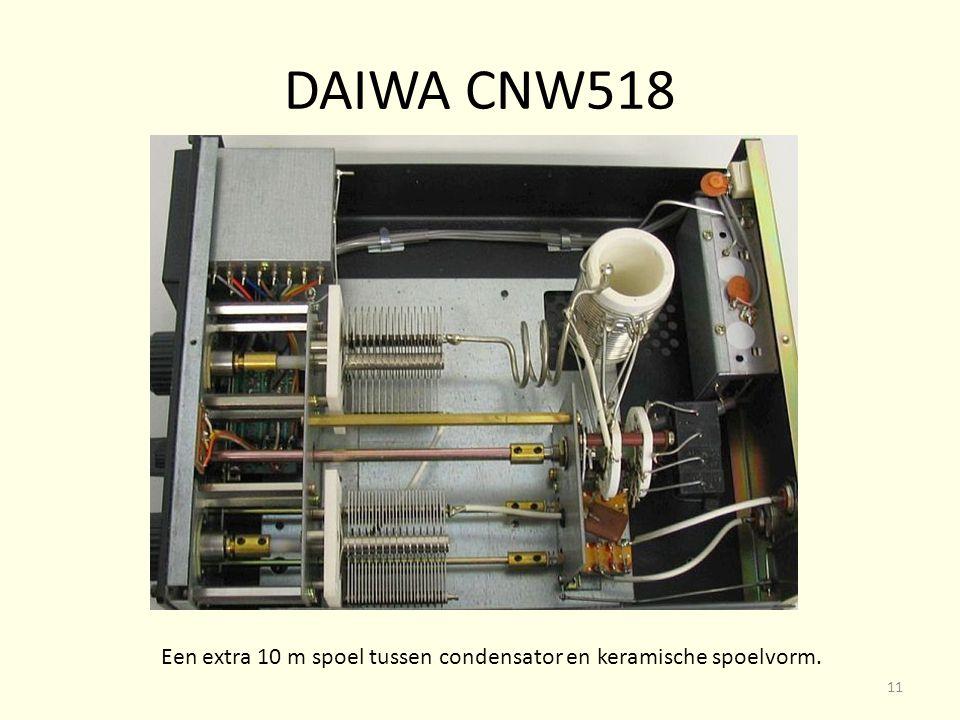 Een extra 10 m spoel tussen condensator en keramische spoelvorm.