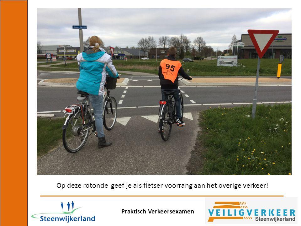 Op deze rotonde geef je als fietser voorrang aan het overige verkeer!