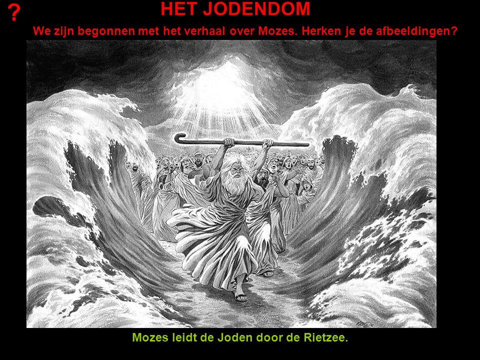 Mozes leidt de Joden door de Rietzee.