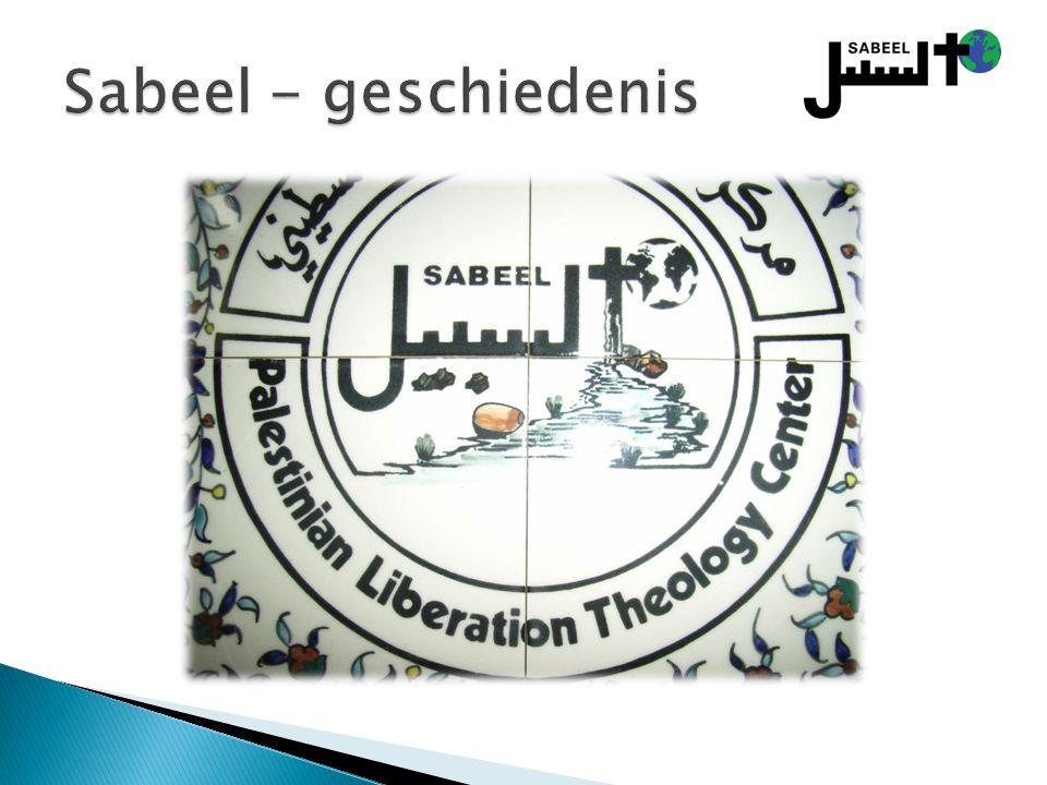 Sabeel - geschiedenis Zie Naim Ateek, A Palestinian Christian Cry for Reconciliation, p. 13-14. Sabeel betekent weg en bron.