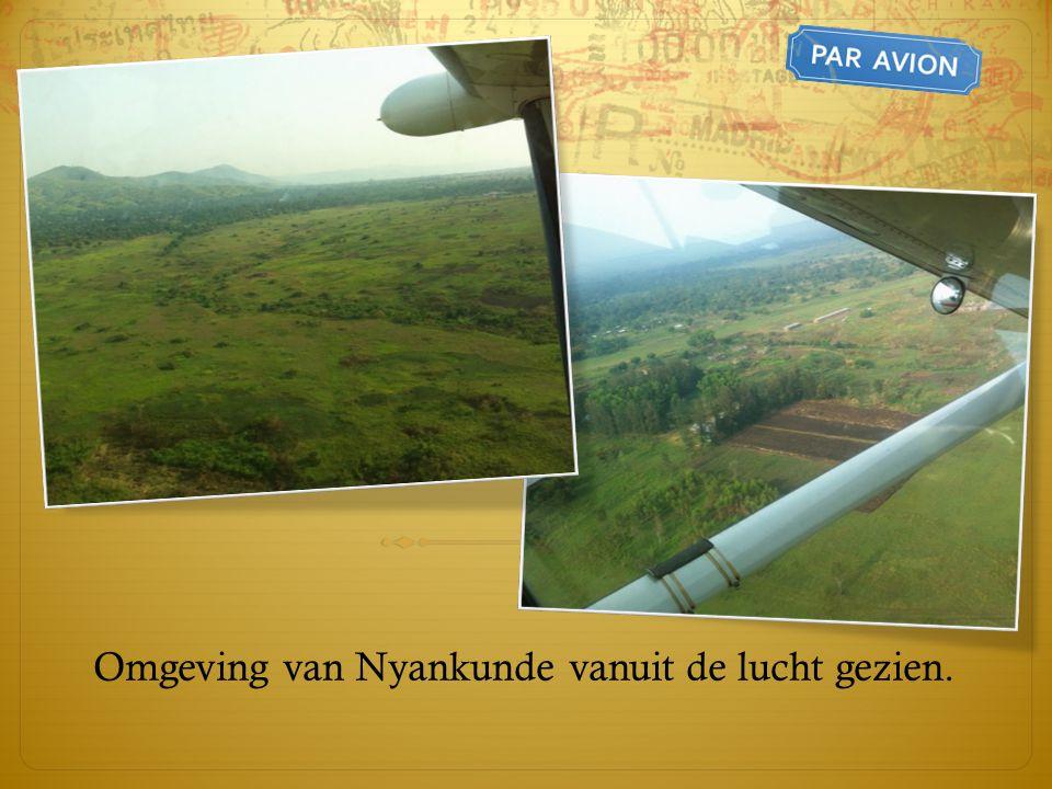 Omgeving van Nyankunde vanuit de lucht gezien.