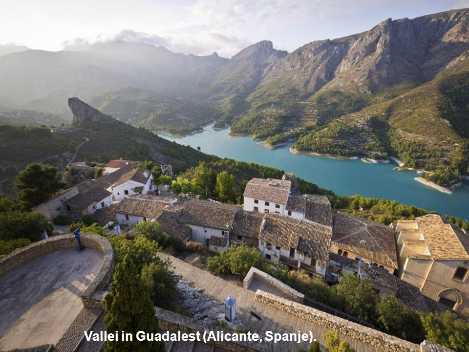 Vallei in Guadalest (Alicante, Spanje).
