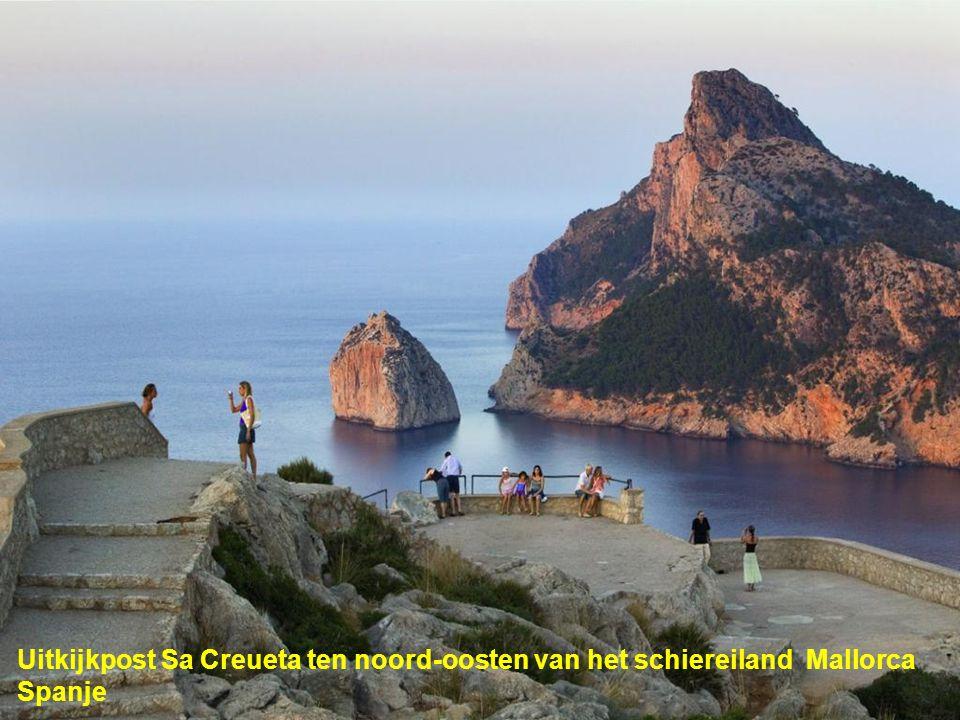 Uitkijkpost Sa Creueta ten noord-oosten van het schiereiland Mallorca