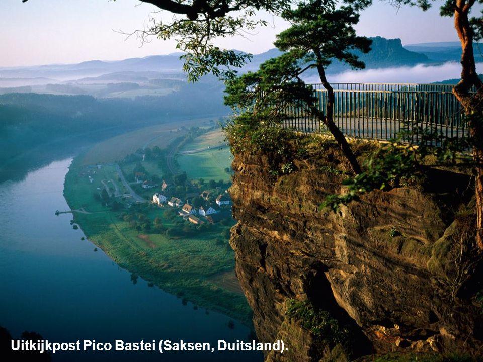 Uitkijkpost Pico Bastei (Saksen, Duitsland).