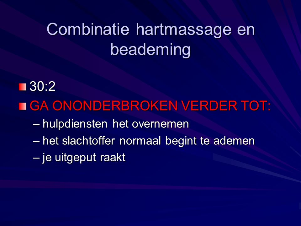 Combinatie hartmassage en beademing