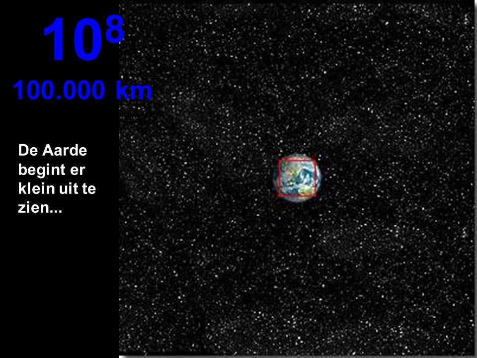 108 100.000 km De Aarde begint er klein uit te zien...