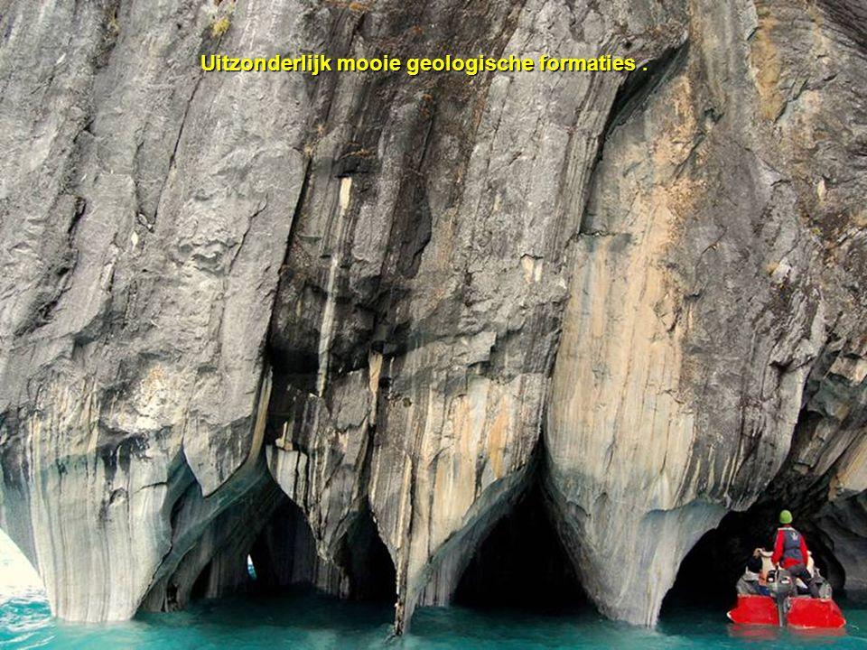 Uitzonderlijk mooie geologische formaties .