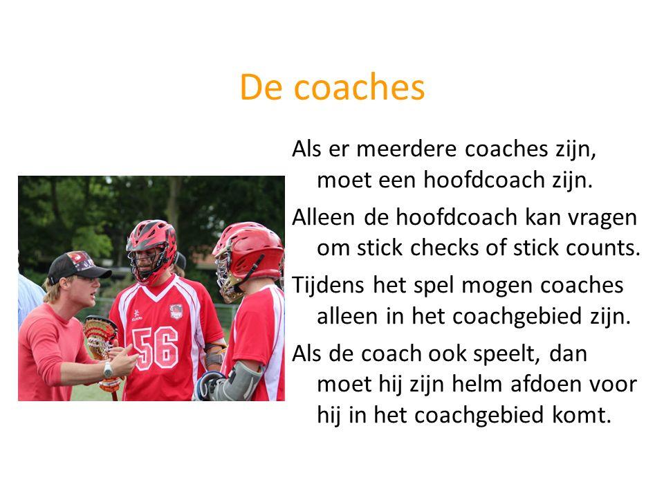 De coaches Als er meerdere coaches zijn, moet een hoofdcoach zijn.