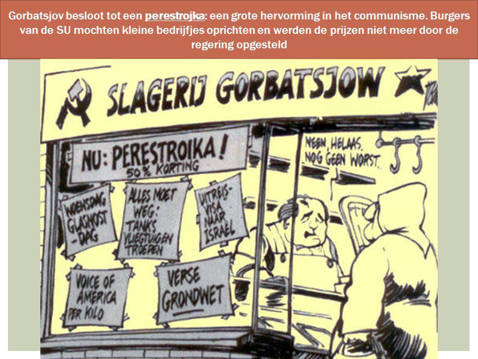 Gorbatsjov besloot tot een perestrojka: een grote hervorming in het communisme.
