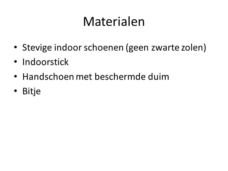 Materialen Stevige indoor schoenen (geen zwarte zolen) Indoorstick