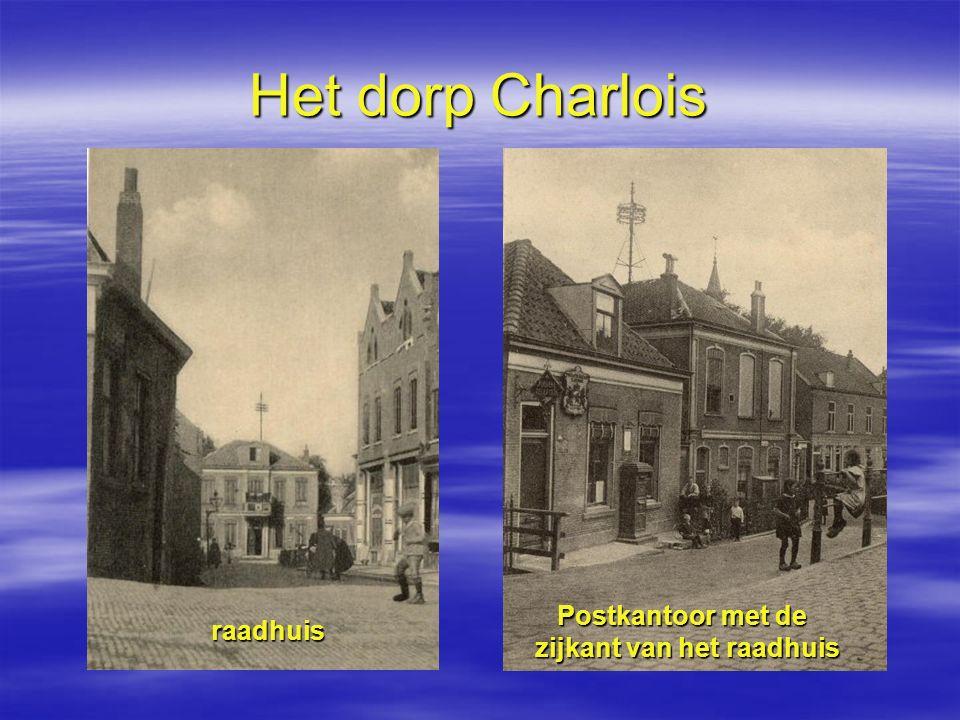 Het dorp Charlois Postkantoor met de zijkant van het raadhuis raadhuis