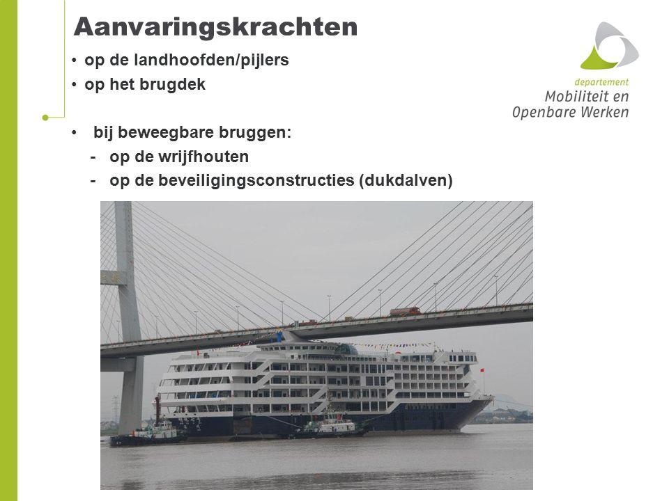 Aanvaringskrachten op de landhoofden/pijlers op het brugdek