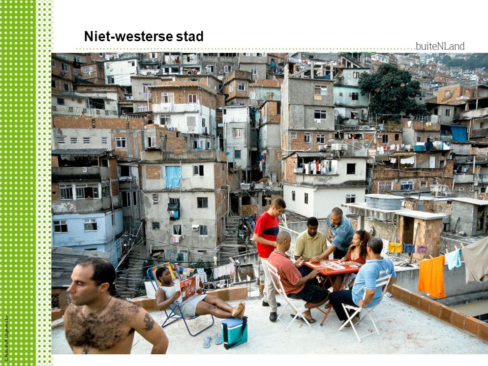 Niet-westerse stad krottenwijk waarom daar