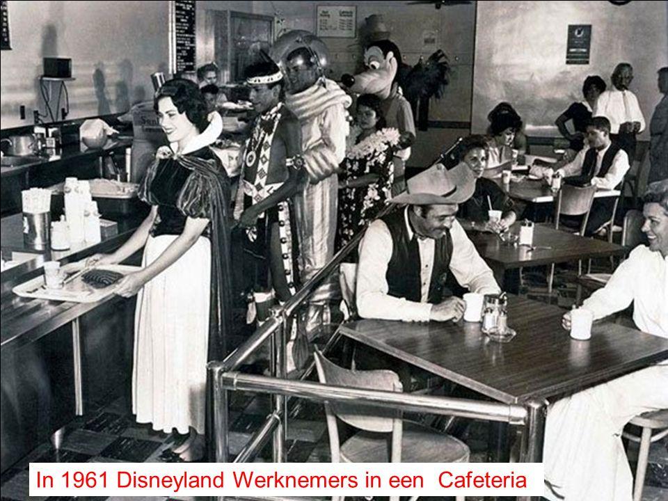 In 1961 Disneyland Werknemers in een Cafeteria