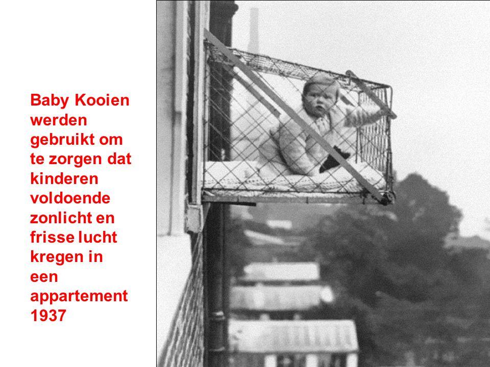 Baby Kooien werden gebruikt om te zorgen dat kinderen voldoende zonlicht en frisse lucht kregen in een appartement 1937