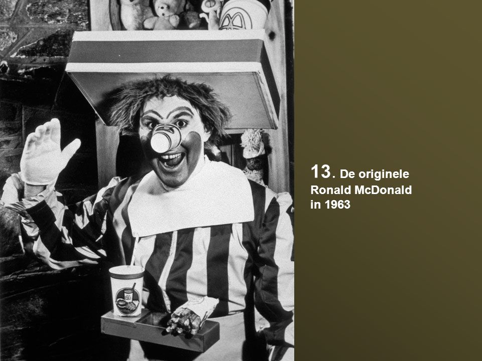 13. De originele Ronald McDonald in 1963