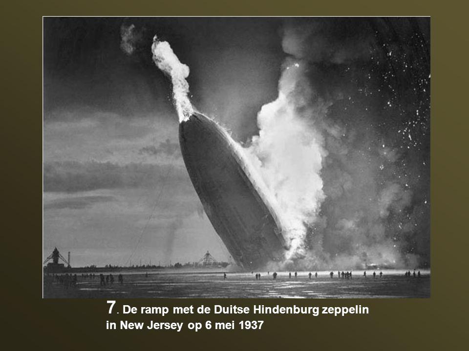 7. De ramp met de Duitse Hindenburg zeppelin