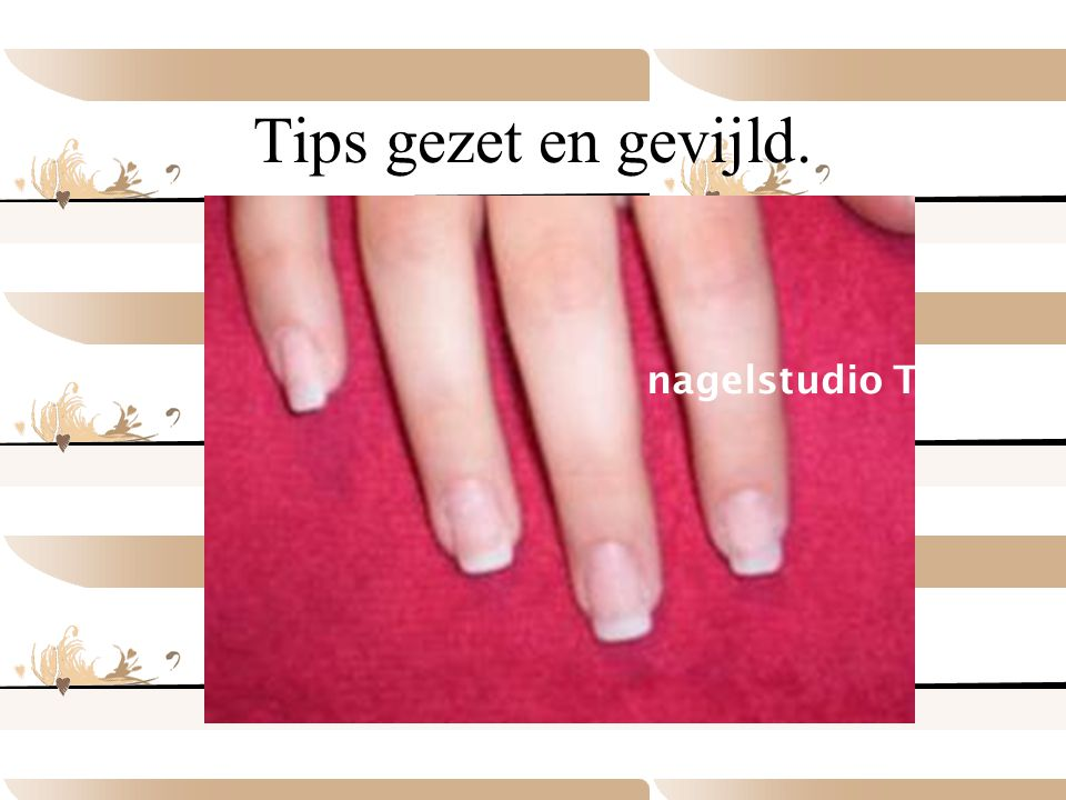 Tips gezet en gevijld. nagelstudio TOLYSIA nagelstudio TOLYSIA