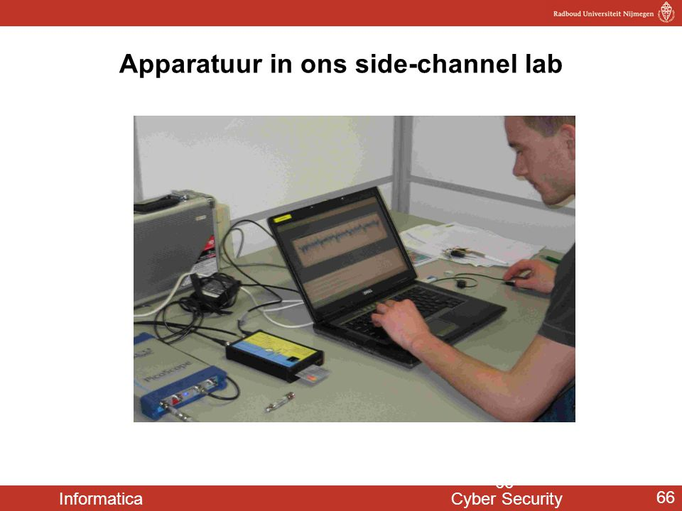 Apparatuur in ons side-channel lab