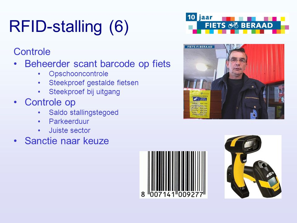RFID-stalling (6) Controle Beheerder scant barcode op fiets